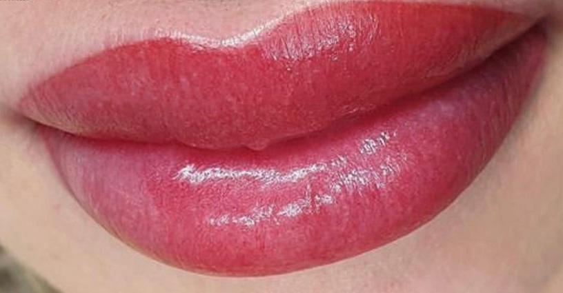 акварельные губы в Курске 04