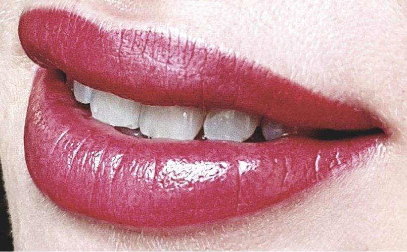 акварельные губы в Курске 16